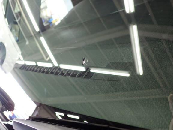 トヨタ タンクのフロントガラスの飛び石ヒビ割れ